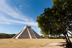 Piramide of Kukulcan in Chichen Itza Stock Photo