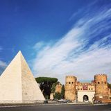 Piramide Stock Photos