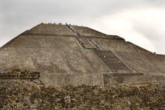Piramide Teotihuacan Messico di Sun Fotografie Stock