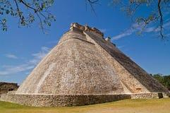 Piramide van de Tovenaar, Uxmal stock foto's