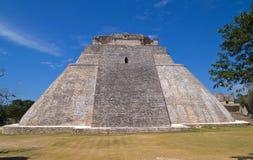Piramide van de Tovenaar, Uxmal stock afbeeldingen