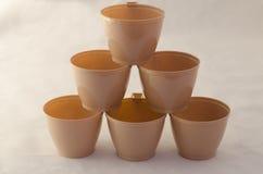 Piramide van koffie plastic koppen Royalty-vrije Stock Foto