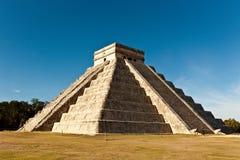 Piramide von Kukulcan in Chichen Itza Lizenzfreies Stockfoto
