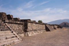 Piramides de Teotihuacan Imagen de archivo libre de regalías