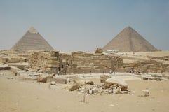 Piramidi di Giza e di Cheops nell'Egitto fotografia stock