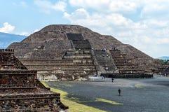 Piramidi di Teotihuacan Fotografie Stock