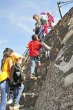 Piramidi sul viale dei morti, Teotihuacan, Messico Immagini Stock
