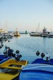 PIRAN, ESLOVENIA - 19 DE JULIO DE 2013: opinión hermosa del puerto del verano en Piran, Eslovenia Imagen de archivo libre de regalías