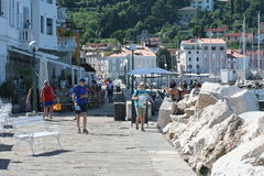 Piran shore tourists Royalty Free Stock Photos