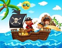 Pirat i dzieciaki na łodzi Obrazy Royalty Free