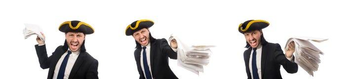 Pirata biznesmena mienia papiery na bielu zdjęcie stock