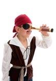 Pirata che osserva con la portata Fotografia Stock