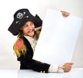 Pirata che tiene un segno Immagini Stock