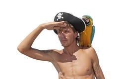 Pirata com um papagaio Fotos de Stock Royalty Free