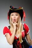 Pirata da mulher contra Fotos de Stock Royalty Free
