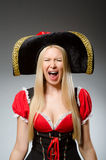 Pirata de la mujer contra Imagen de archivo