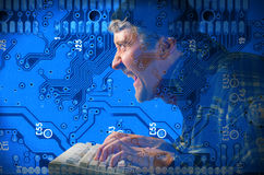 Pirata informático de ordenador que roba su información Fotografía de archivo