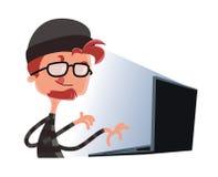 Pirata informático que mecanografía en un personaje de dibujos animados del ejemplo del ordenador Imagen de archivo libre de regalías