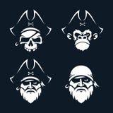 Piratas determinados de los emblemas del vector profesional moderno en tema negro stock de ilustración