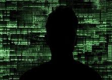 Pirate informatique au travail images stock