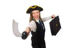 Piratee la muchacha que sostiene el bolso y la espada aislada encendido Fotos de archivo libres de regalías
