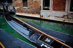 Piratengondel in Venedig Stockfoto