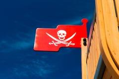 Piratenmarkierungsfahne auf Spielzeug Lizenzfreie Stockfotos