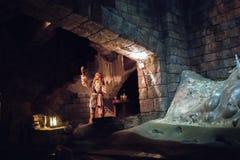 Pirates de la bataille des Caraïbes pour le trésor submergé à Changhaï Disneyland photographie stock