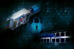 Pirates informatiques, entaillant des réseaux informatiques images stock