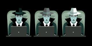 Pirati informatici grigi e bianchi neri con i computer Immagini Stock