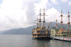 Piratkopiera av sjön Ashi Arkivbilder