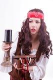 Piratkopiera kvinnan på vit bakgrund Royaltyfria Bilder