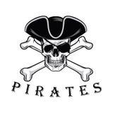 Piratkopiera skallen med den arga benhatten och ögonlappen Logo Design Vector Illustration Arkivbild