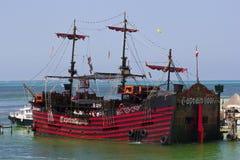 Piratkopiera skeppet, Cancun, Mexico Fotografering för Bildbyråer
