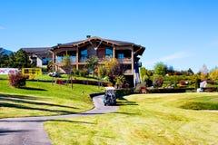 Pirin高尔夫俱乐部房子和餐馆,五颜六色 库存照片