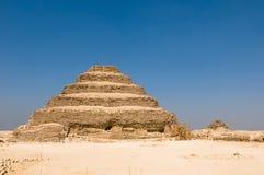 Pirámide del paso de progresión en Saqqara, Egipto Fotos de archivo libres de regalías