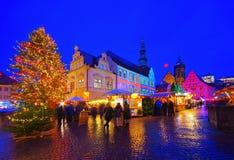 Pirna-Weihnachtsmarkt nachts stockfotografie