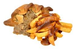 Pirog och Chips Meal With Gravy Royaltyfria Bilder