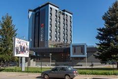 PIROT, SERBIA -16 ABRIL DE 2016: Centro de la ciudad de Pirot, Serbia imagenes de archivo