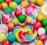 Piruletas y caramelo Imagenes de archivo