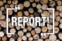 Pisać nutowym seansu raporcie Biznesowa fotografia pokazuje informacji Mówjącego lub pisać konto rezultata tła Drewniany rocznik obraz royalty free