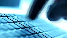 Pisać na maszynie na klawiaturze zbiory