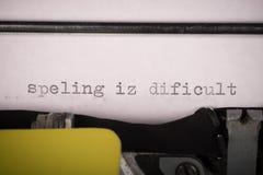 Pisać na maszynie tekst z pisownia błędami Zdjęcia Stock