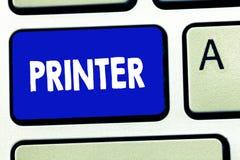 Pisać nutowej pokazuje drukarce Biznesowa fotografia pokazuje przyrząd używać drukować rzeczy robić na komputerowym Biurowym wypo royalty ilustracja