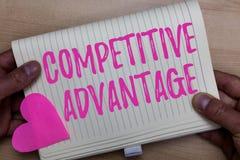 Pisać nutowej pokazuje przewadze konkurencyjnej Biznesowa fotografia pokazuje firmy krawędź nad innym Korzystnie biznesem zdjęcie royalty free