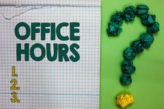 Pisać nutowemu seansowi Biurowych godzinach Biznesowa fotografia pokazuje godziny który normalnie prowadzącym Pracującego czasu k zdjęcie royalty free