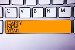 Pisać nutowemu seansowi Szczęśliwego nowego roku Biznesowa fotografia pokazuje gratulacje Wesoło Xmas everyone zaczynać Styczeń k obrazy royalty free