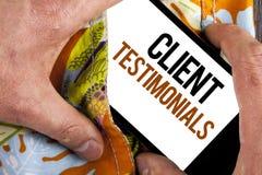 Pisać nutowych pokazuje klientów Testimonials Biznesowa fotografia pokazuje klienta ogłoszenie towarzyskie Doświadcza przegląd op obrazy royalty free
