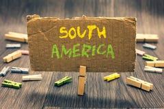 Pisać nutowym pokazuje Ameryka Południowa Biznesowa fotografia pokazuje kontynent w zachodnia półkula latynosach znać dla karnawa obrazy stock