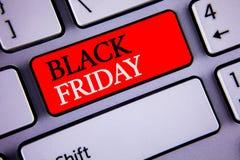 Pisać nutowym pokazuje Black Friday Biznesowe fotografie pokazuje Specjalne sprzedaże po dziękczynienie zakupy pomijają odprawę Zdjęcia Stock